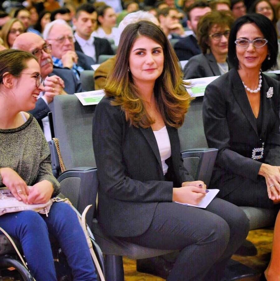 Donne  al lavoro in convegni nazionali