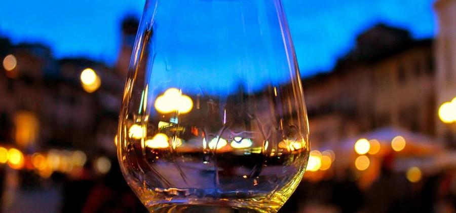"Consorzio Garda Doc apre il wine shop ""Garda Doc Boutique"""