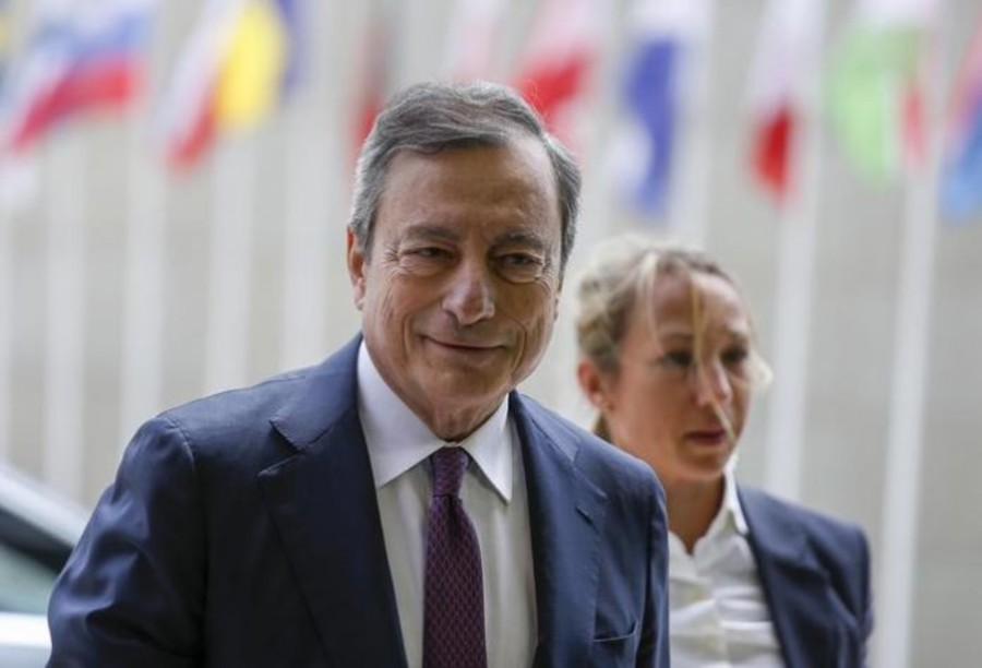 Mario Draghi arrives at the Eurogroup meeting in Luxembourg, 13 June 2019. The Eurogroup will discuss inequality in the eurozone, based on the European Commission analysis and also will have a presention of the outcome of the IMF's Article IV consultation with the euro area. EPA/JULIEN WARNAND