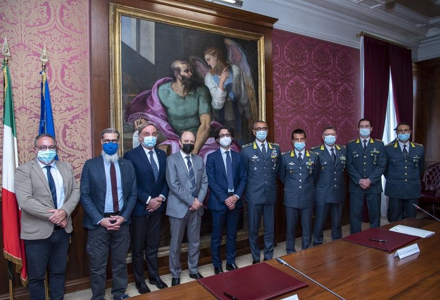Guardia di Finanza e Università di Verona e Trento insieme per la tutela dei cittadini